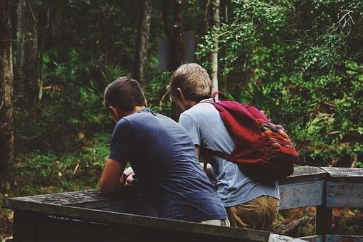 friendship-1081843__340.jpg