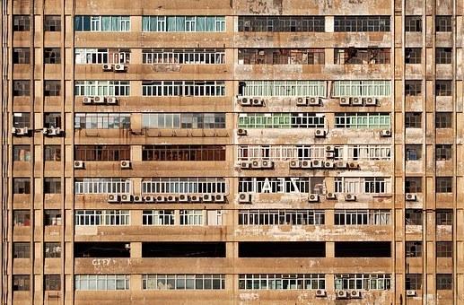 facade-1209311__340.jpg